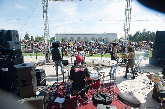 Dope shot from East Lake music festival. Moment of silence for the end of summer 😔#flashbackfriday 📸 cred:Eastlakemusicfestival