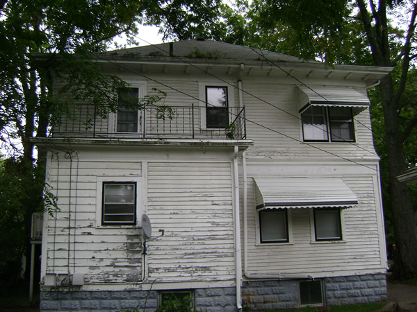 Outside - Back of House-0.jpg