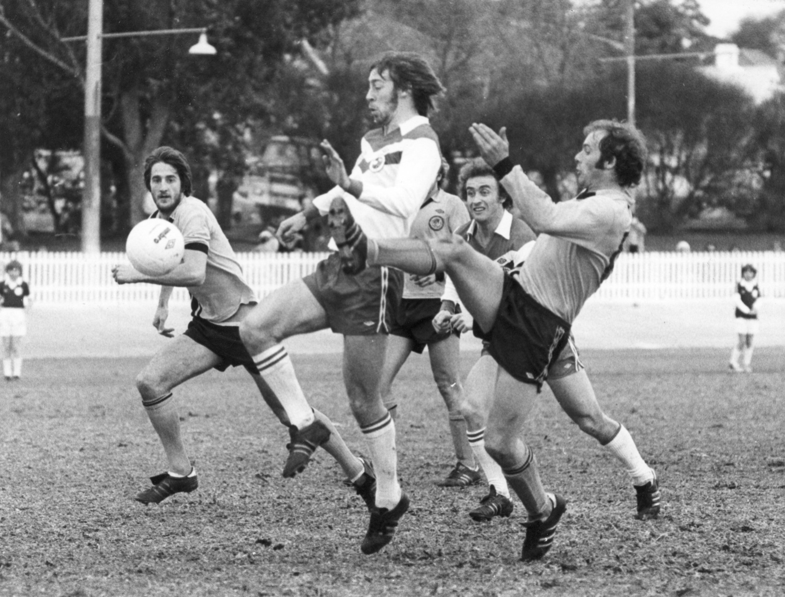 Charlie George playing for St George Vs Fitzroy at Hurstville Oval 1977