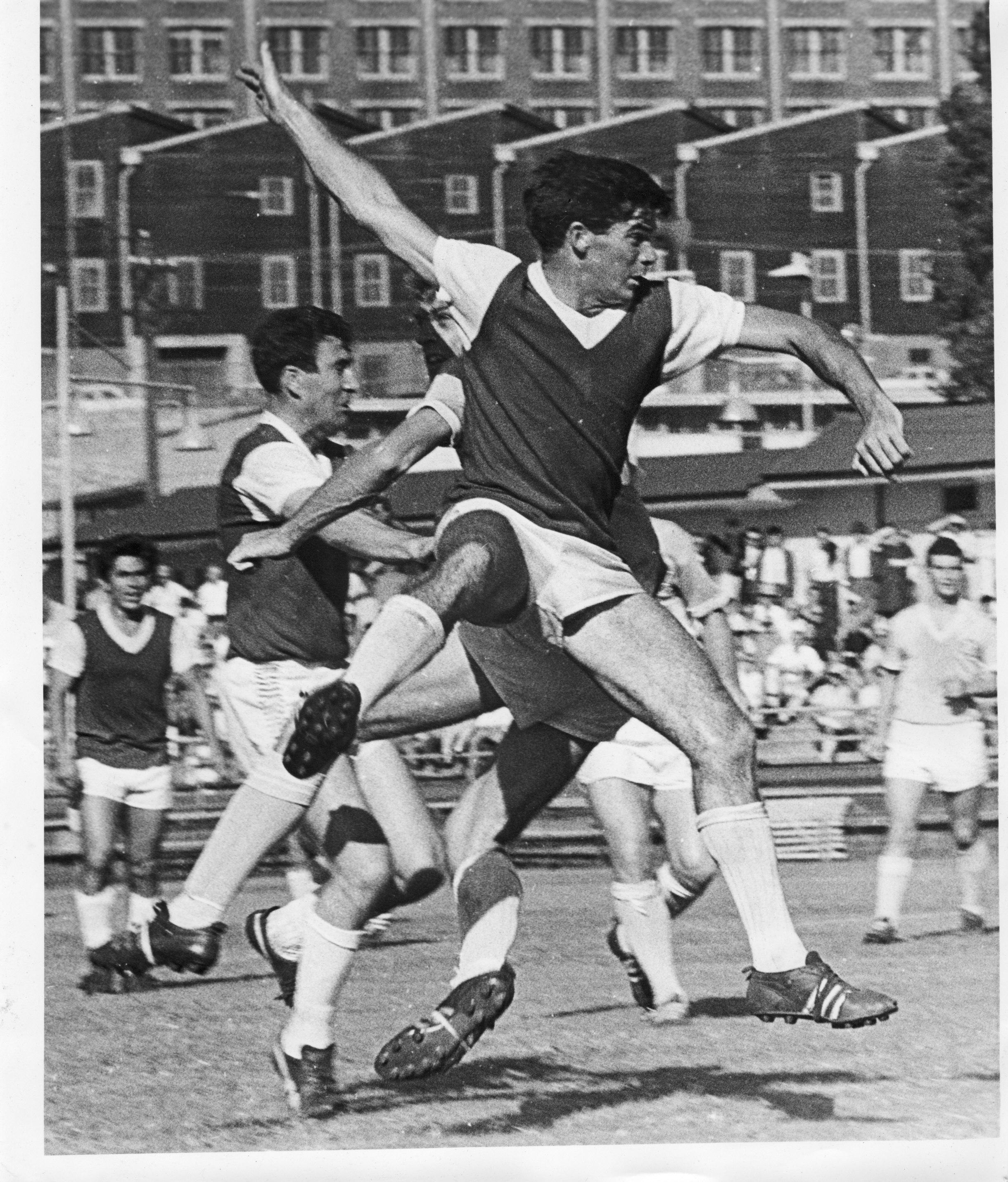 Johnny Warren circa 1965 Wentworth Park.jpg