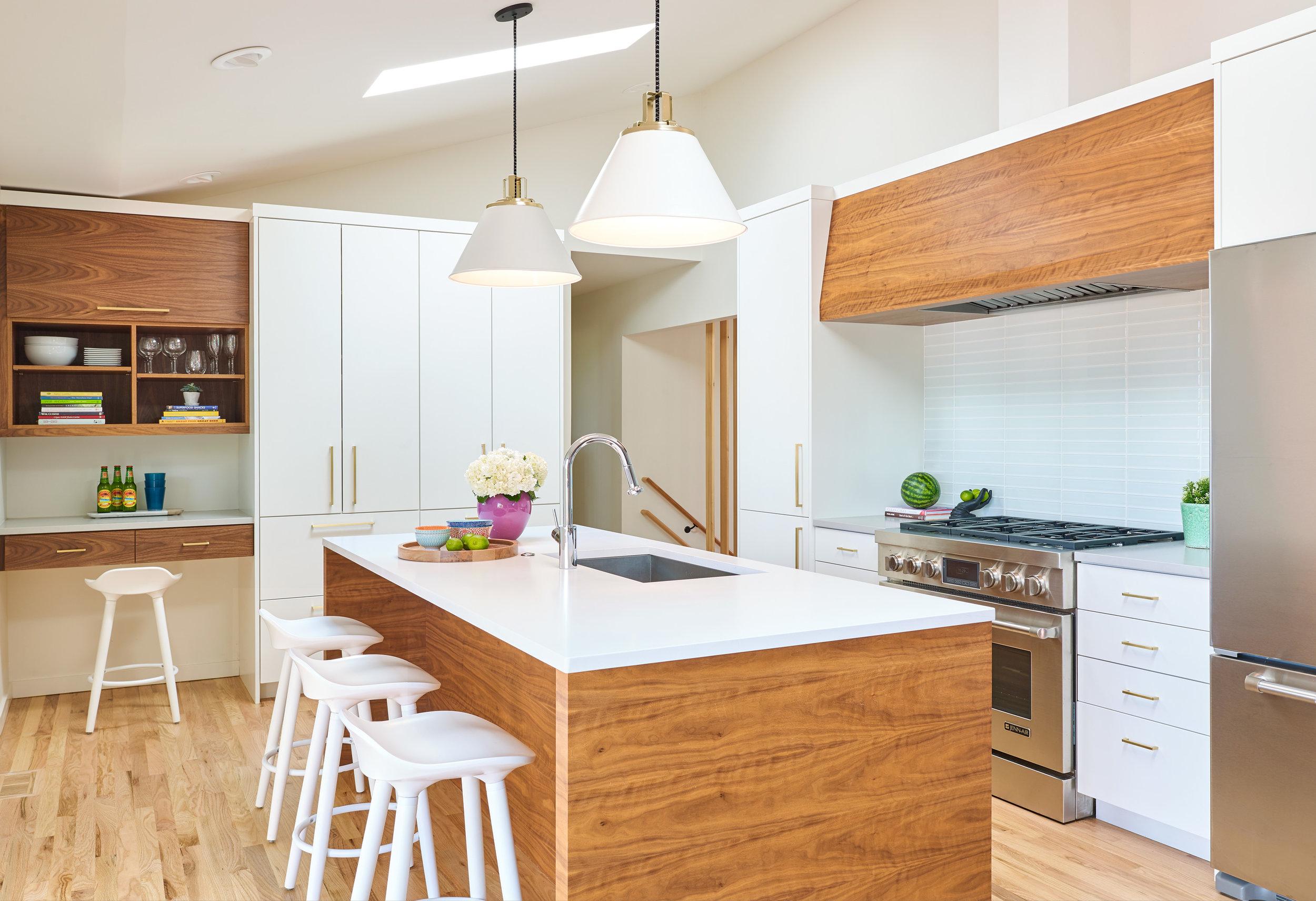 WEB_pam_torbin_kitchen_72726.jpg