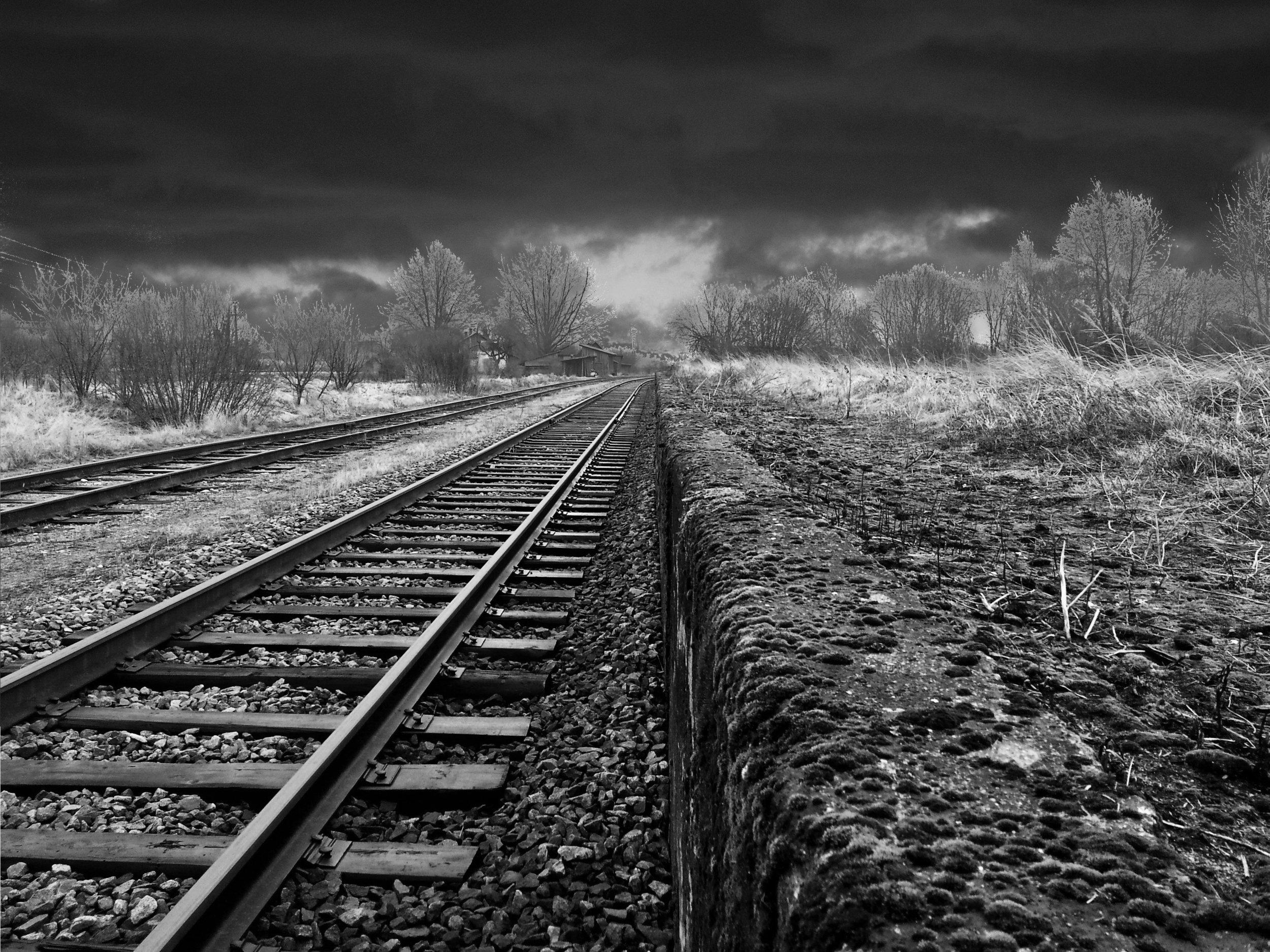 traintracks.jpg