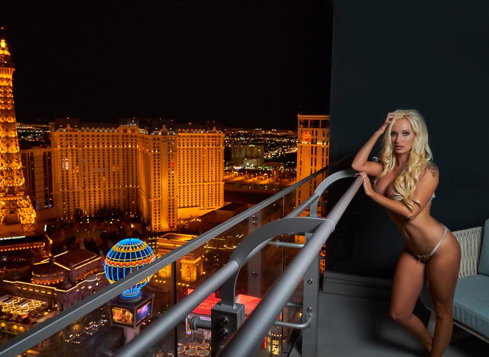 KayleaSmith Vegas 2.jpg