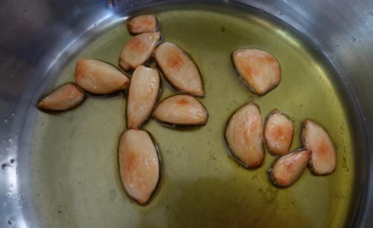Cooking Garlic
