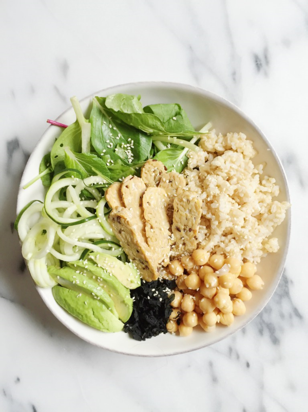 21 EASY DINNER IDEAS THAT'LL MAKE YOU FEEL GREAT | PHOTO & RECIPE BY RACHLMANSFIELD