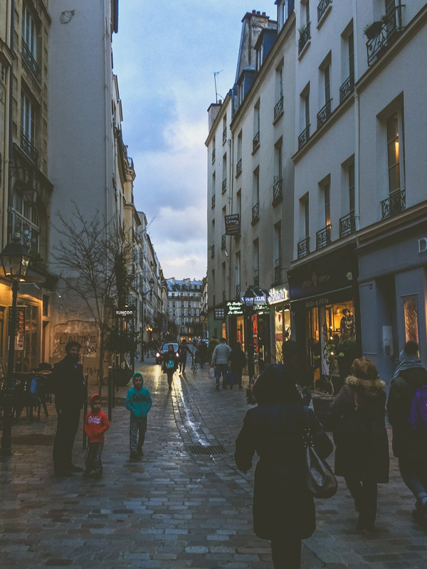 3 Ways to Bring Out the Parisian Spirit Wherever You Are Flaneur | Whitney in Paris