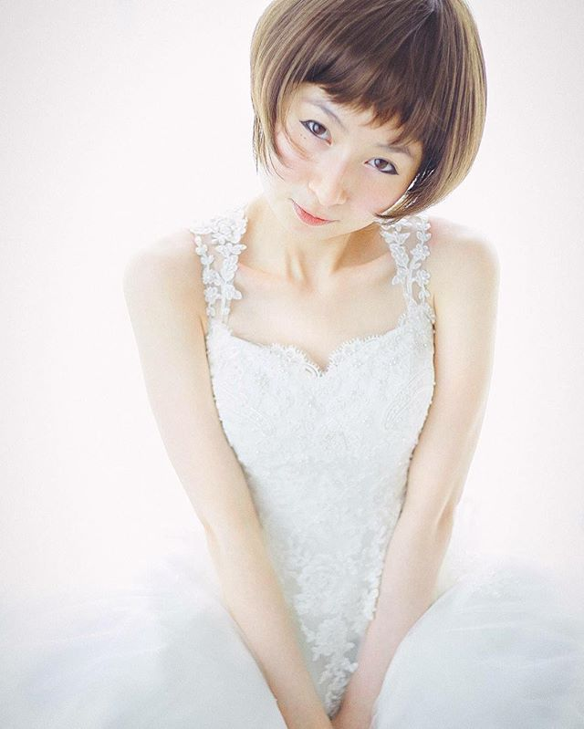 #beautifulgirl #celestthoi #weddingdress #japanesestyle #gorgeousgirl #backlight #cosplay #weddingphotography