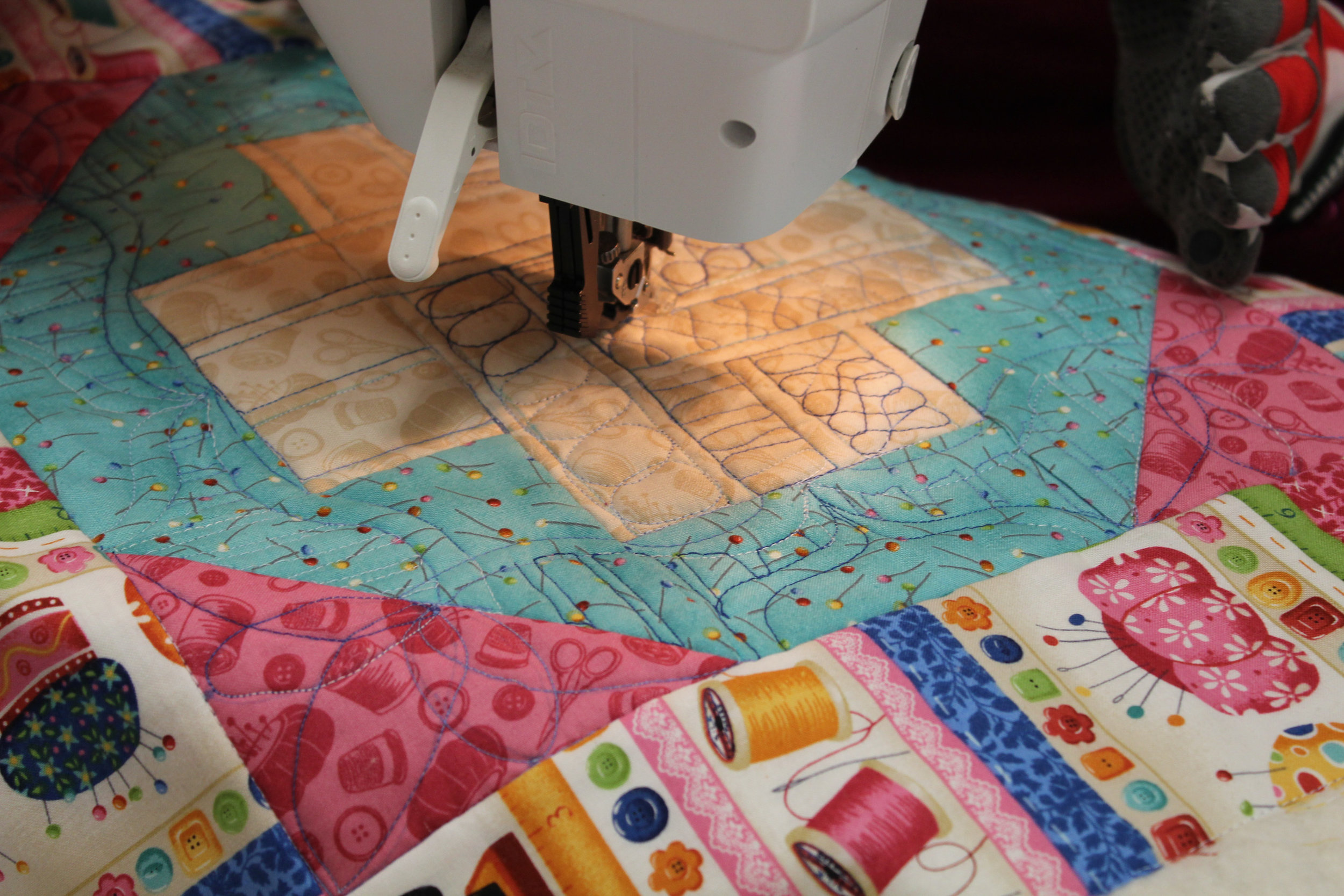 free motion quilting workshop with tomomi mcelwee