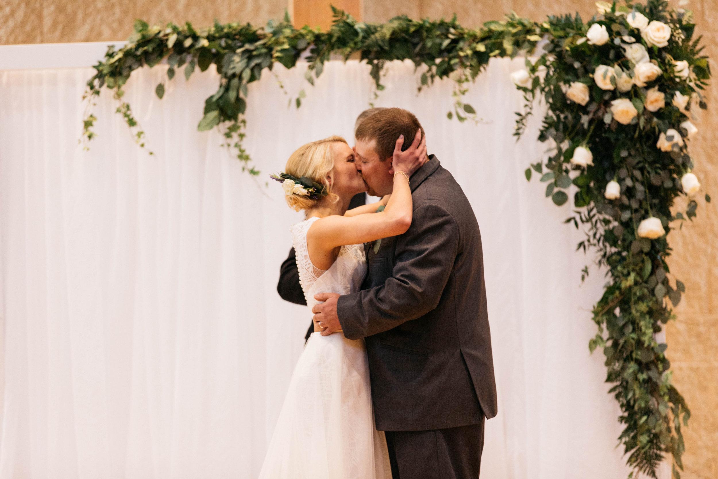 Luke Keena-Wedding-0600.jpg