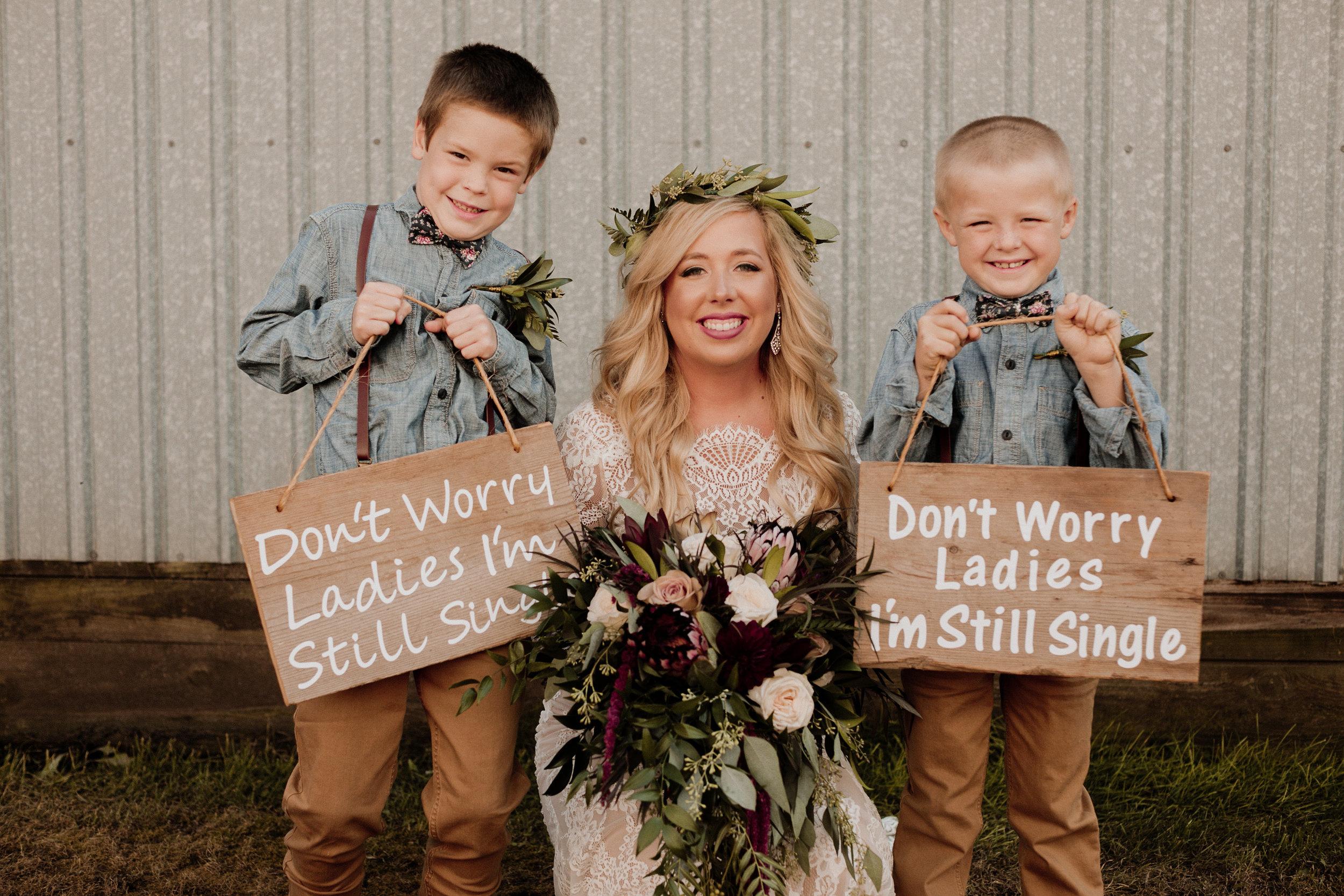 Skylar+Brock_Wedding_TonyaHjortPhotography-380.jpg