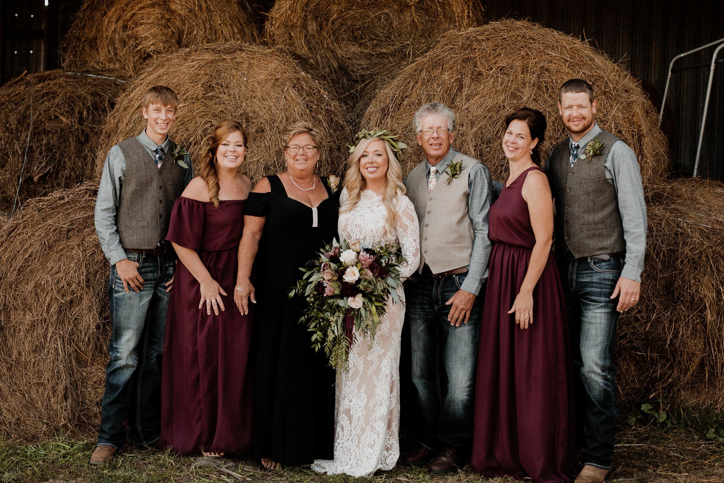 Skylar+Brock_Wedding_TonyaHjortPhotography-470.jpg