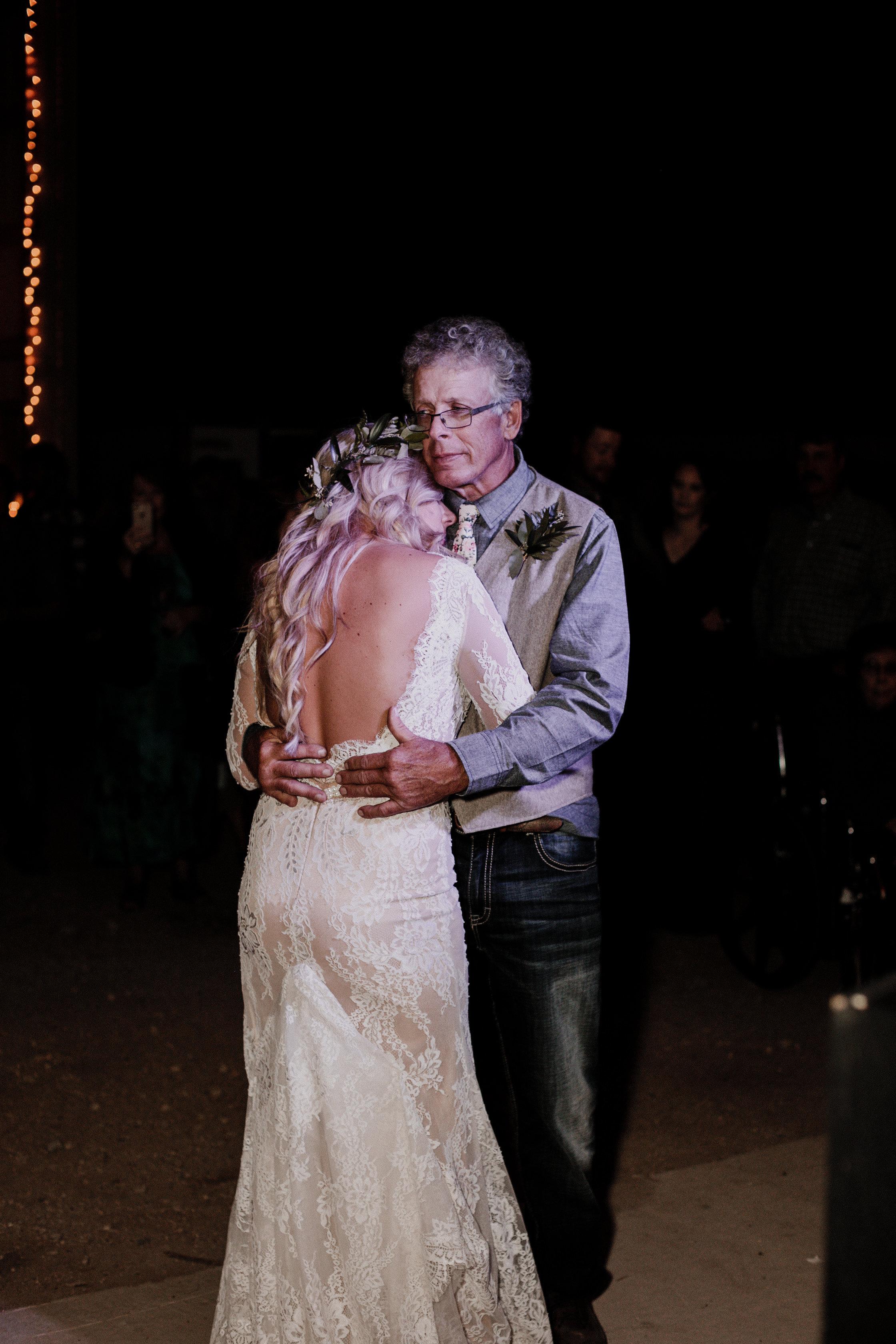 Skylar+Brock_Wedding_TonyaHjortPhotography-664.jpg
