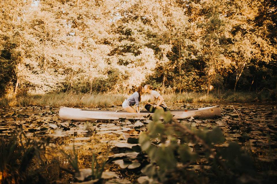 One of the many breathtaking engagement photos by Taylor hendrickson photography! YES….this is the very same canoe as used in the wedding shots below!