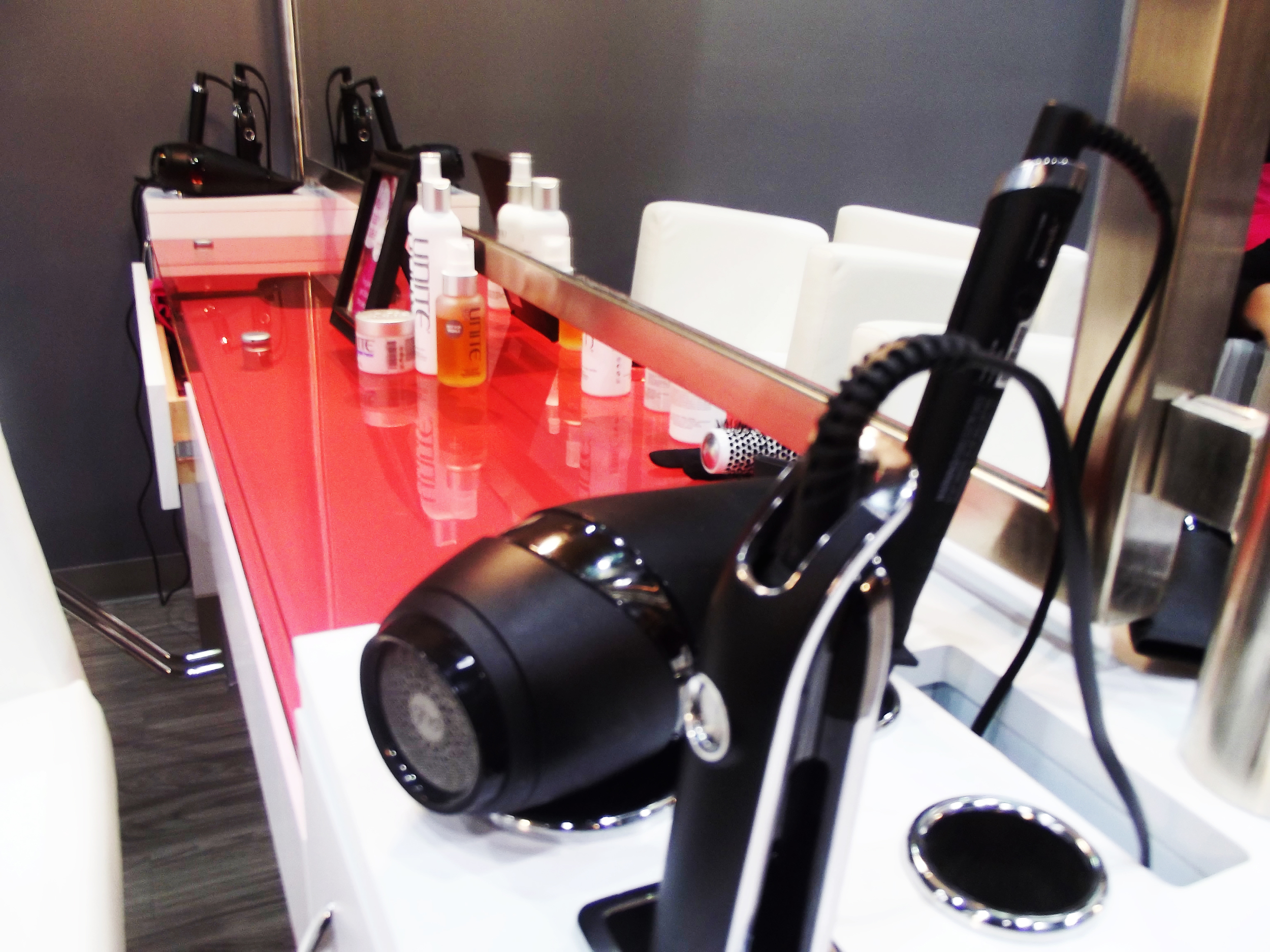 The stylist stations -- there are about 2 stylists to a bar.
