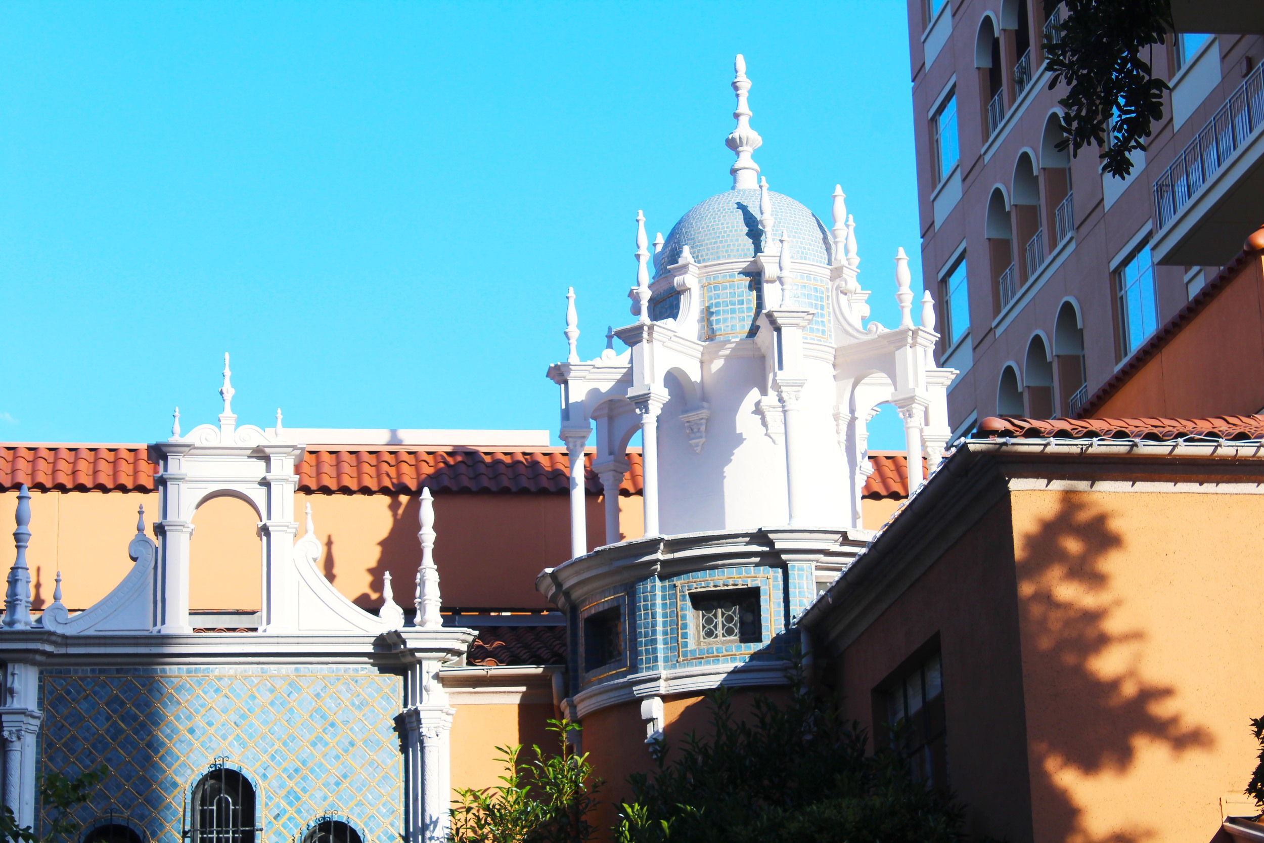 Glimpse of the Rosewood Mansion exterior -- gorgeous architecture!