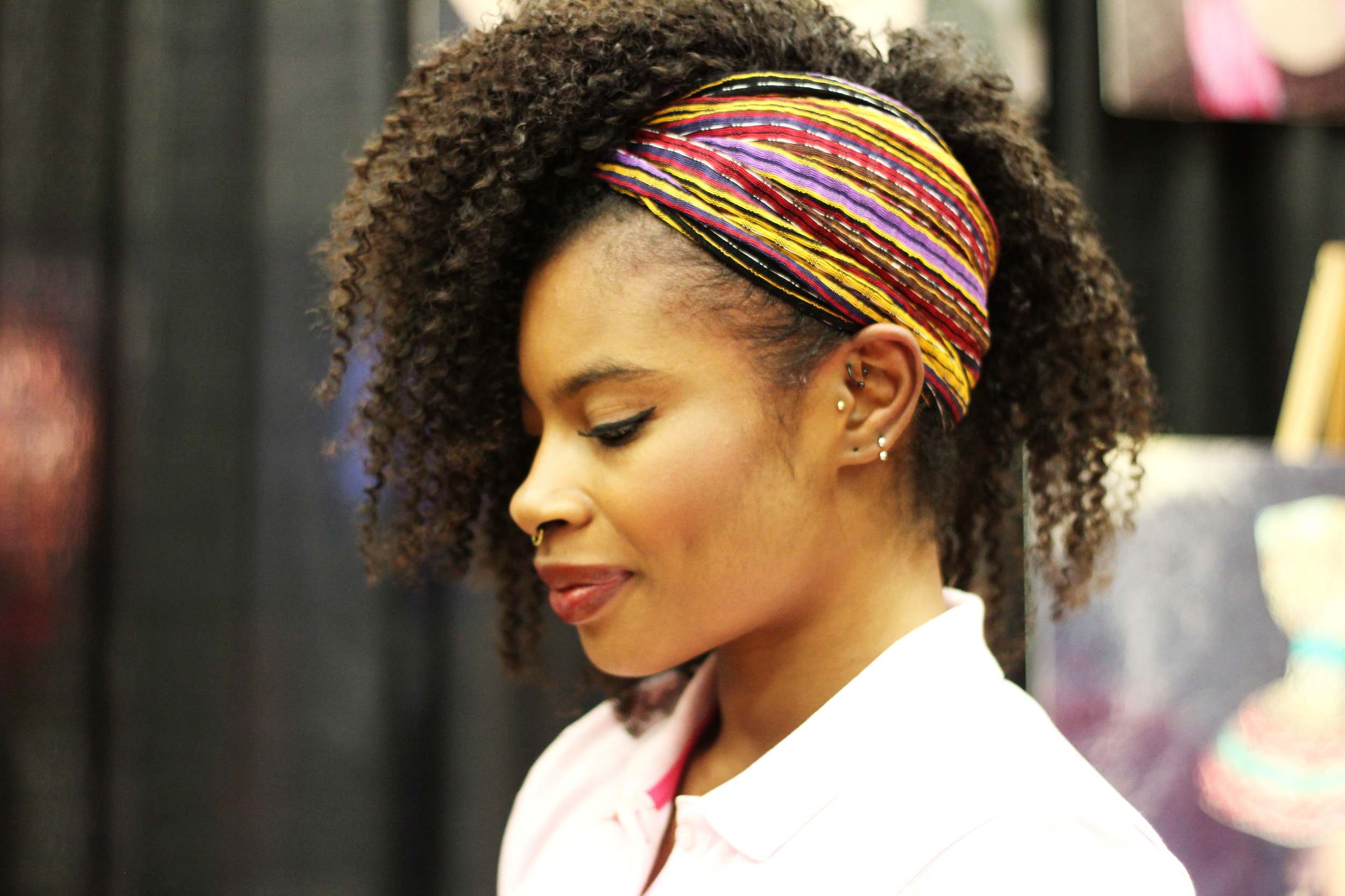 The Natural Me had so many cute headbands in solid colors and prints. Plus they seemed to be pretty versatile and I don't have one, so I added this one to my haul of products.