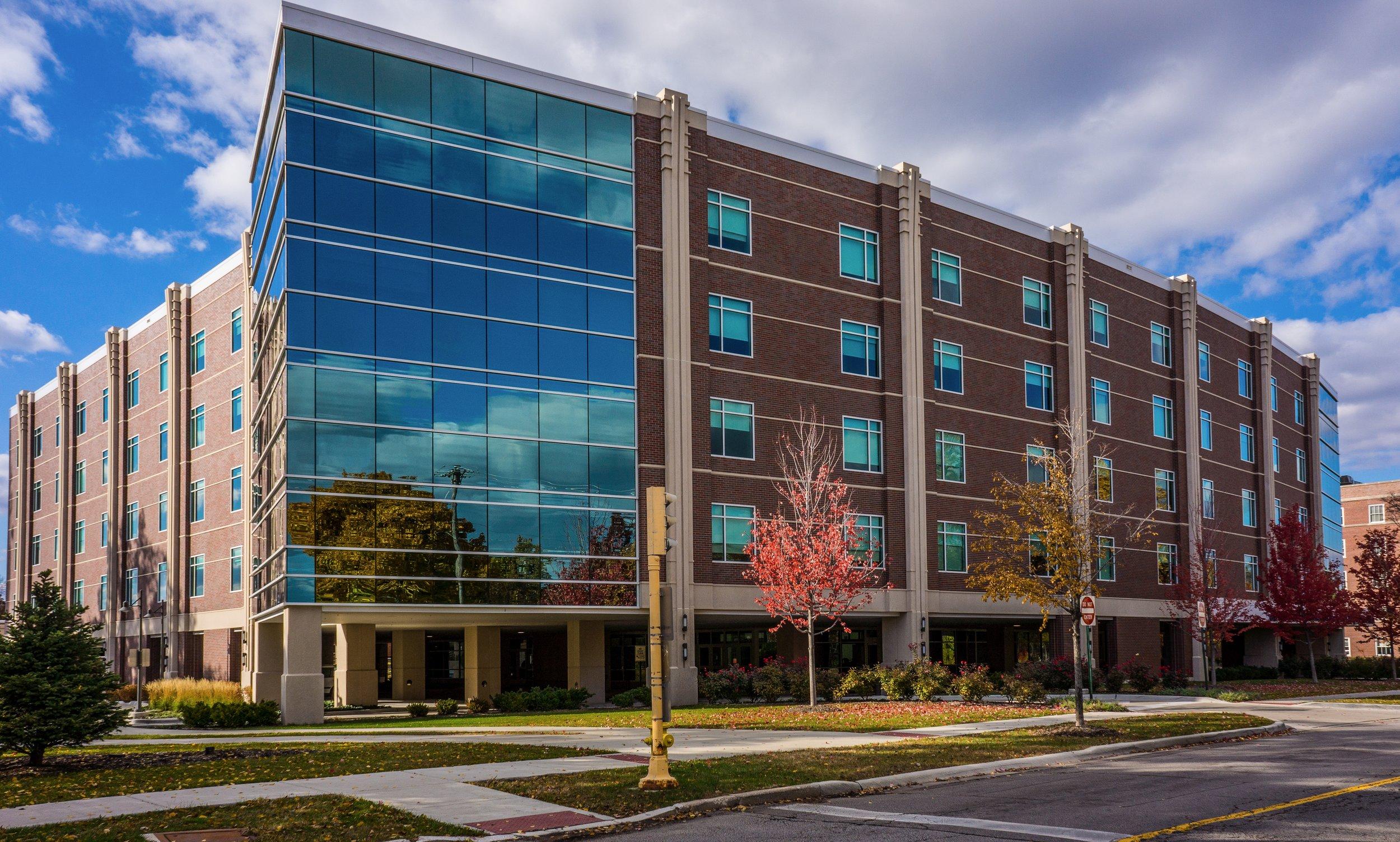 Adventist Hinsdale Hospital - Hinsdale, IL