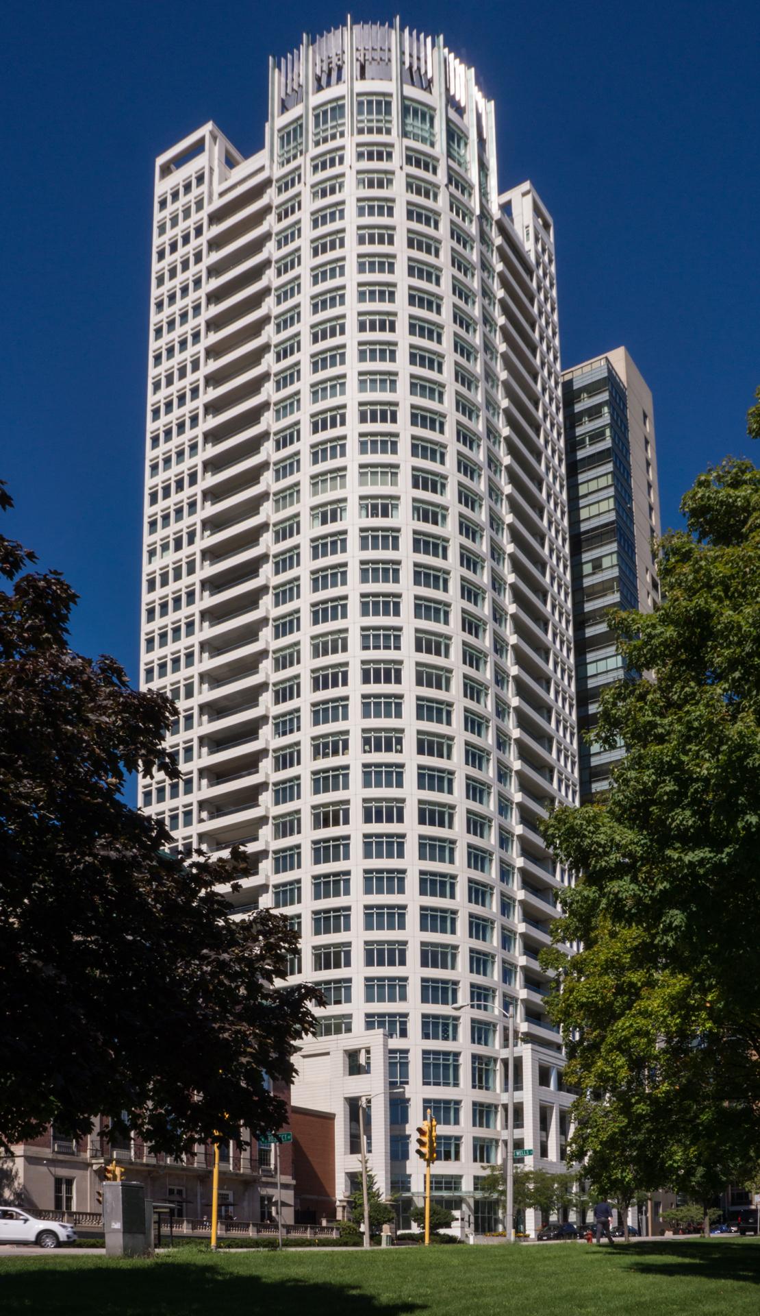University Club Tower - Milwaukee, WI