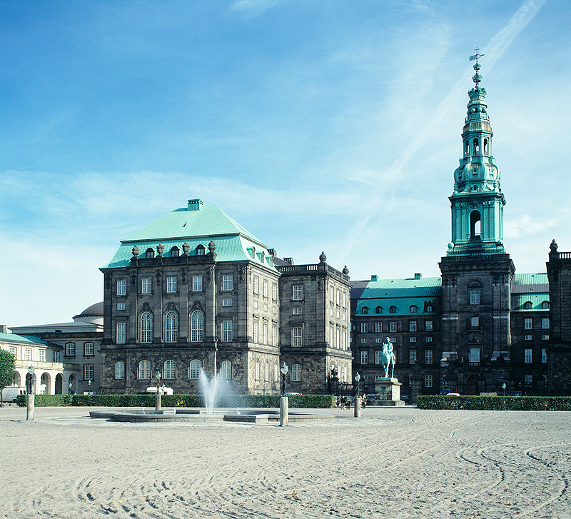 Christiansborg-2.jpg