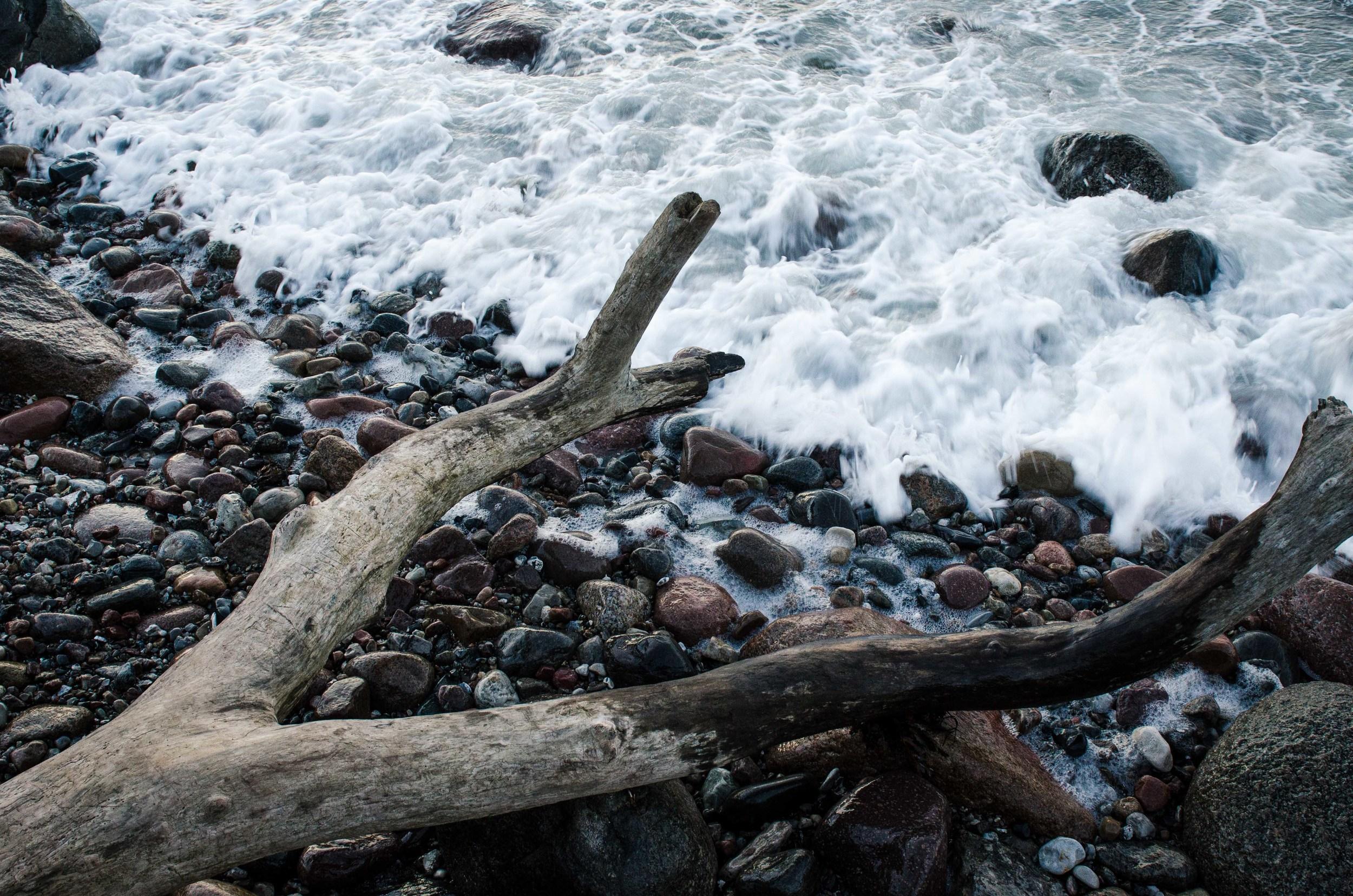 Adventure_photographer_ocean_sea_walk_sunset-3.jpg