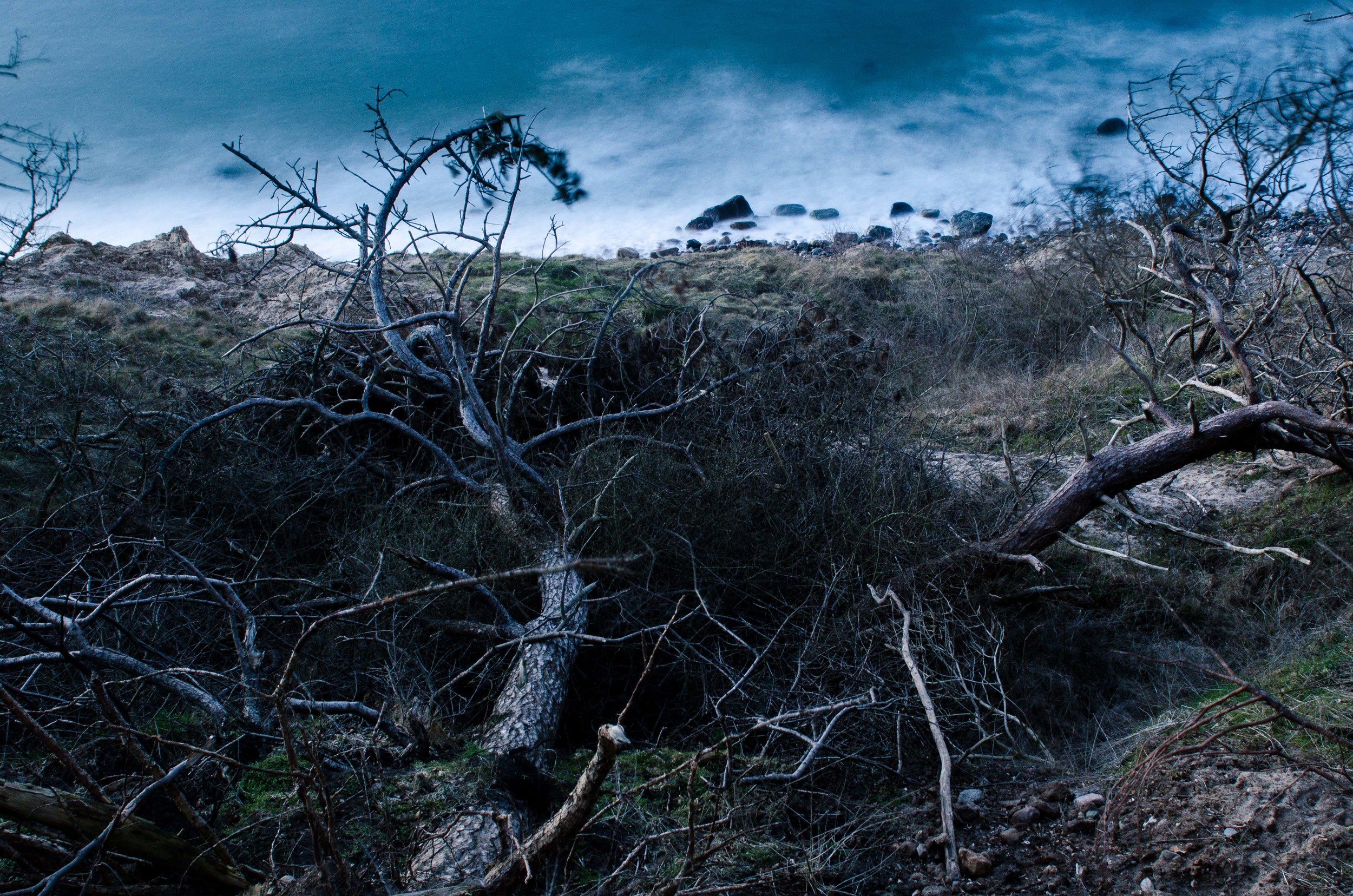 Adventure_photographer_ocean_sea_walk_sunset-8.jpg