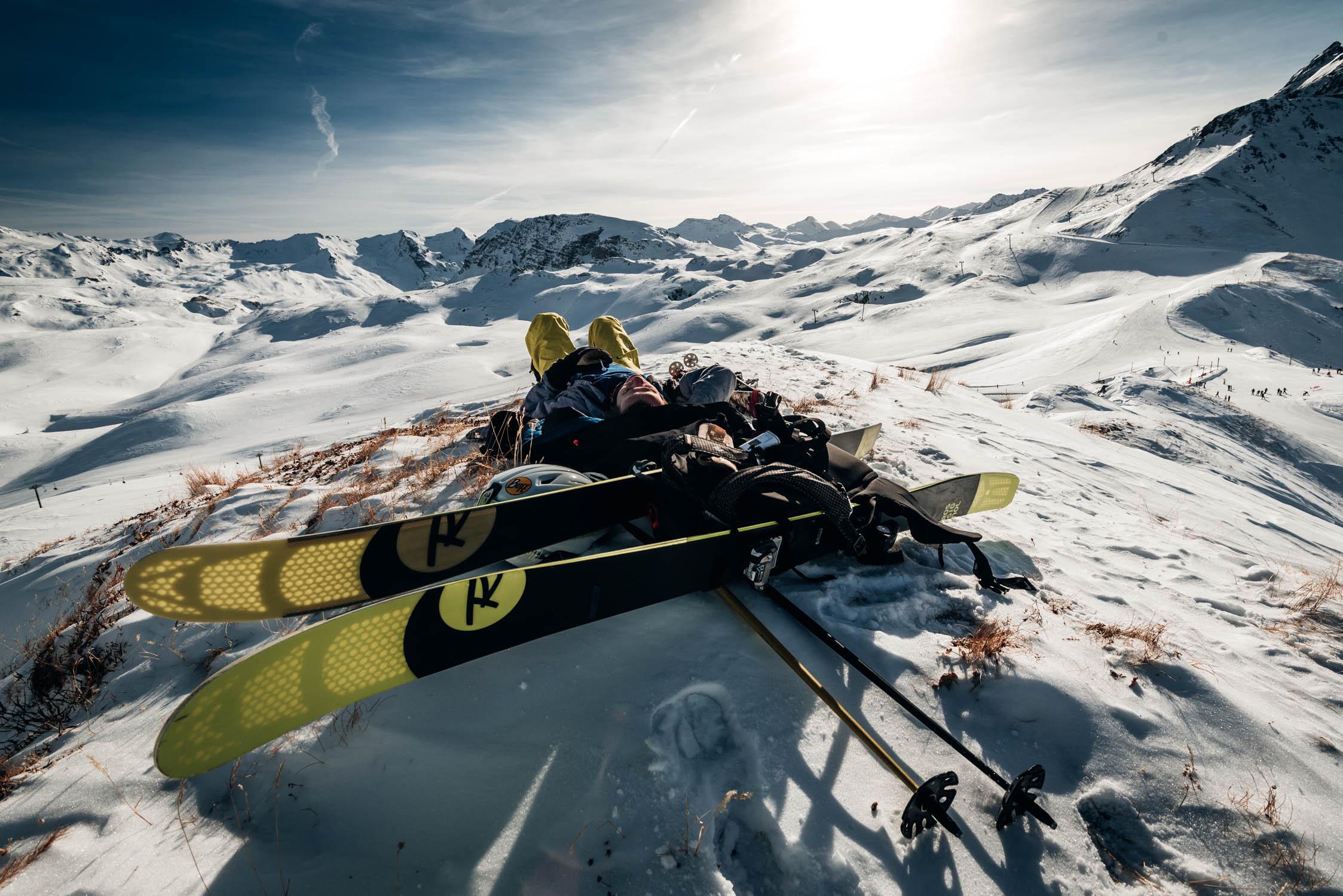 gustav-thuesen-adventure-outdoor-lifestyle-skiing-action-sport-2.jpg
