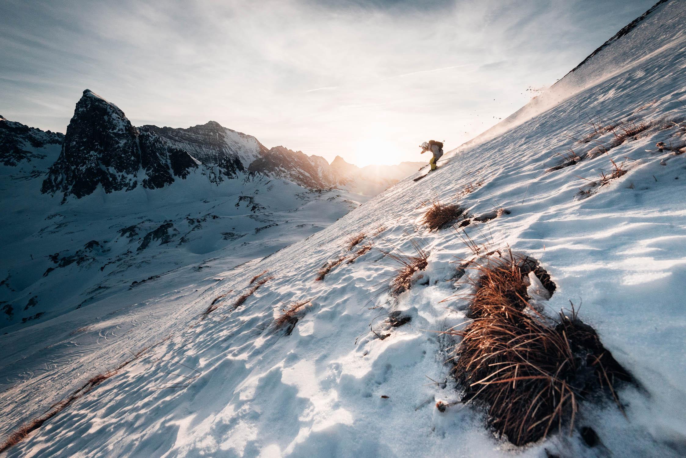 gustav-thuesen-adventure-outdoor-lifestyle-skiing-action-sport-4.jpg