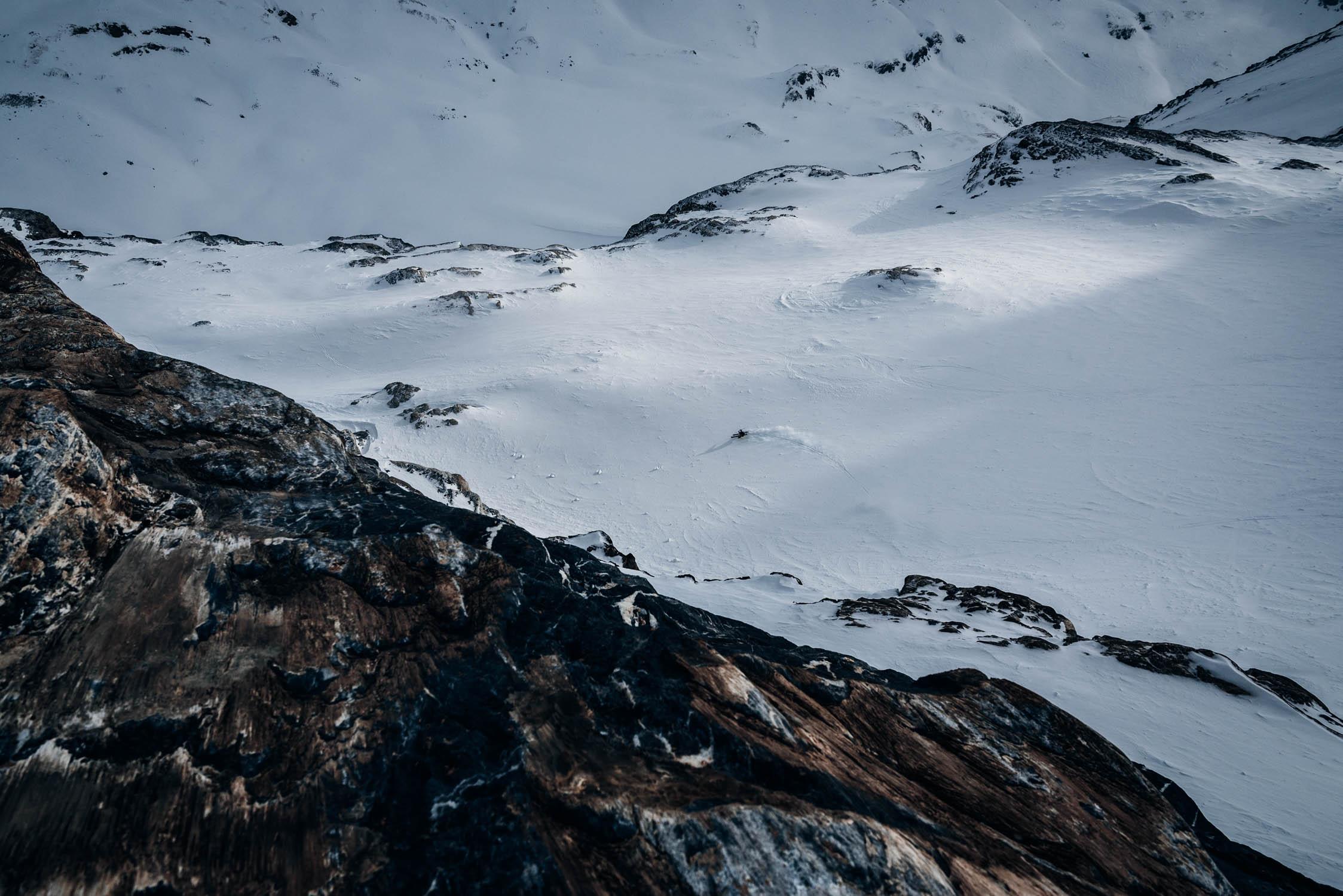 gustav-thuesen-adventure-outdoor-lifestyle-skiing-action-sport-8.jpg