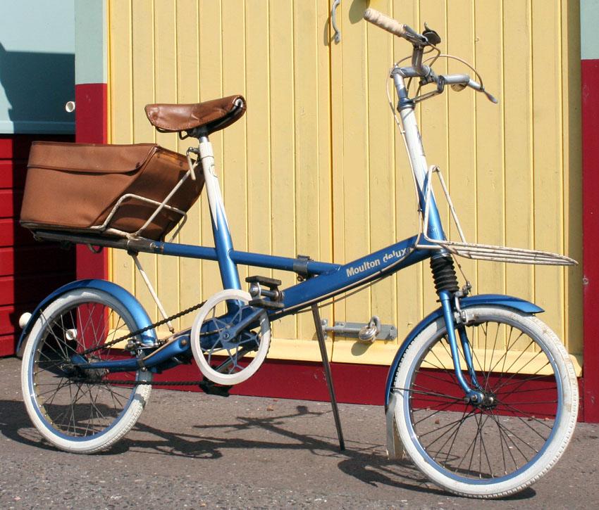 1963_Moulton_Bicycle.jpg