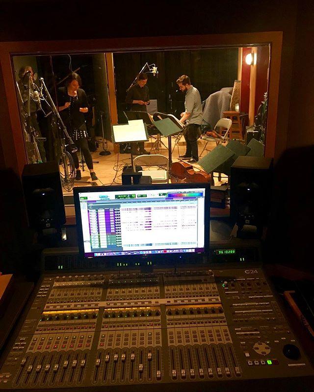 In the studio with Puck 🔊🎼🎧 #puckquartet #corefuljohnson