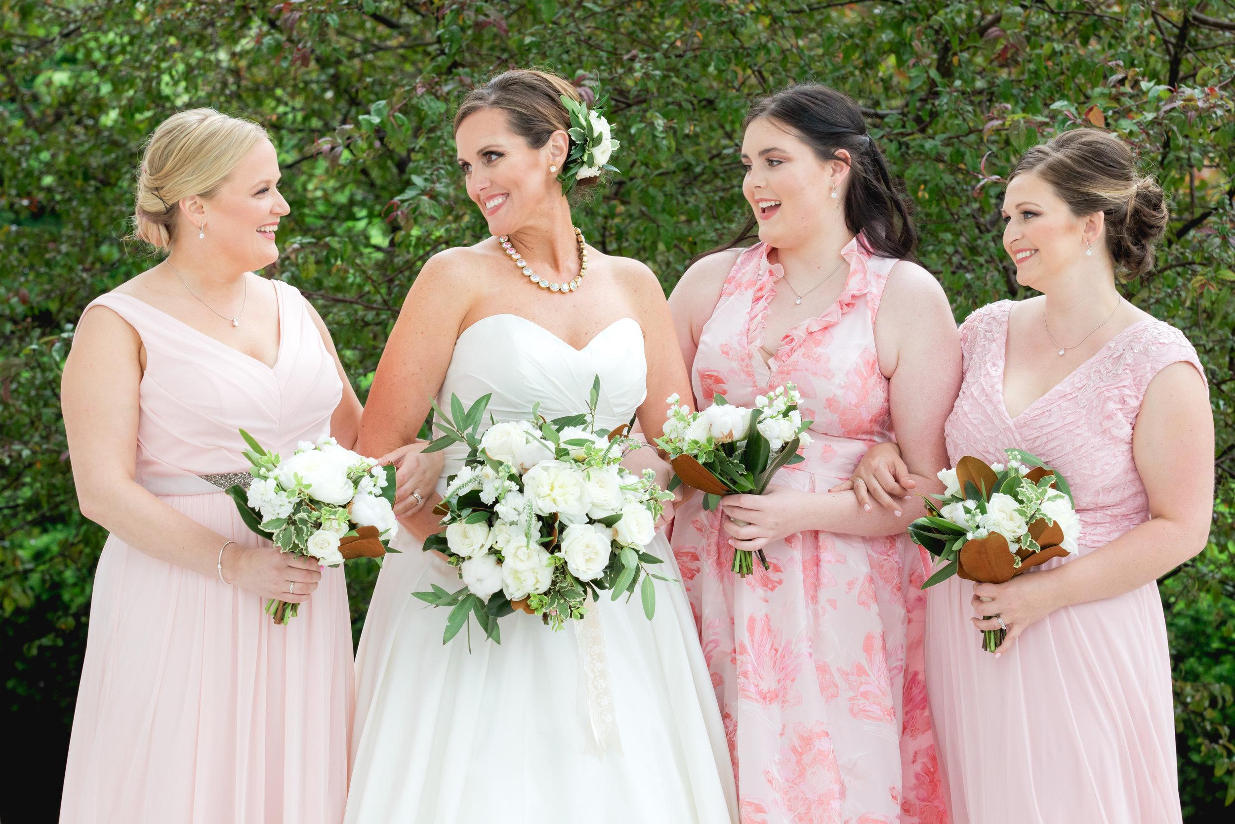 Bride and Bridesmaids 040.jpg