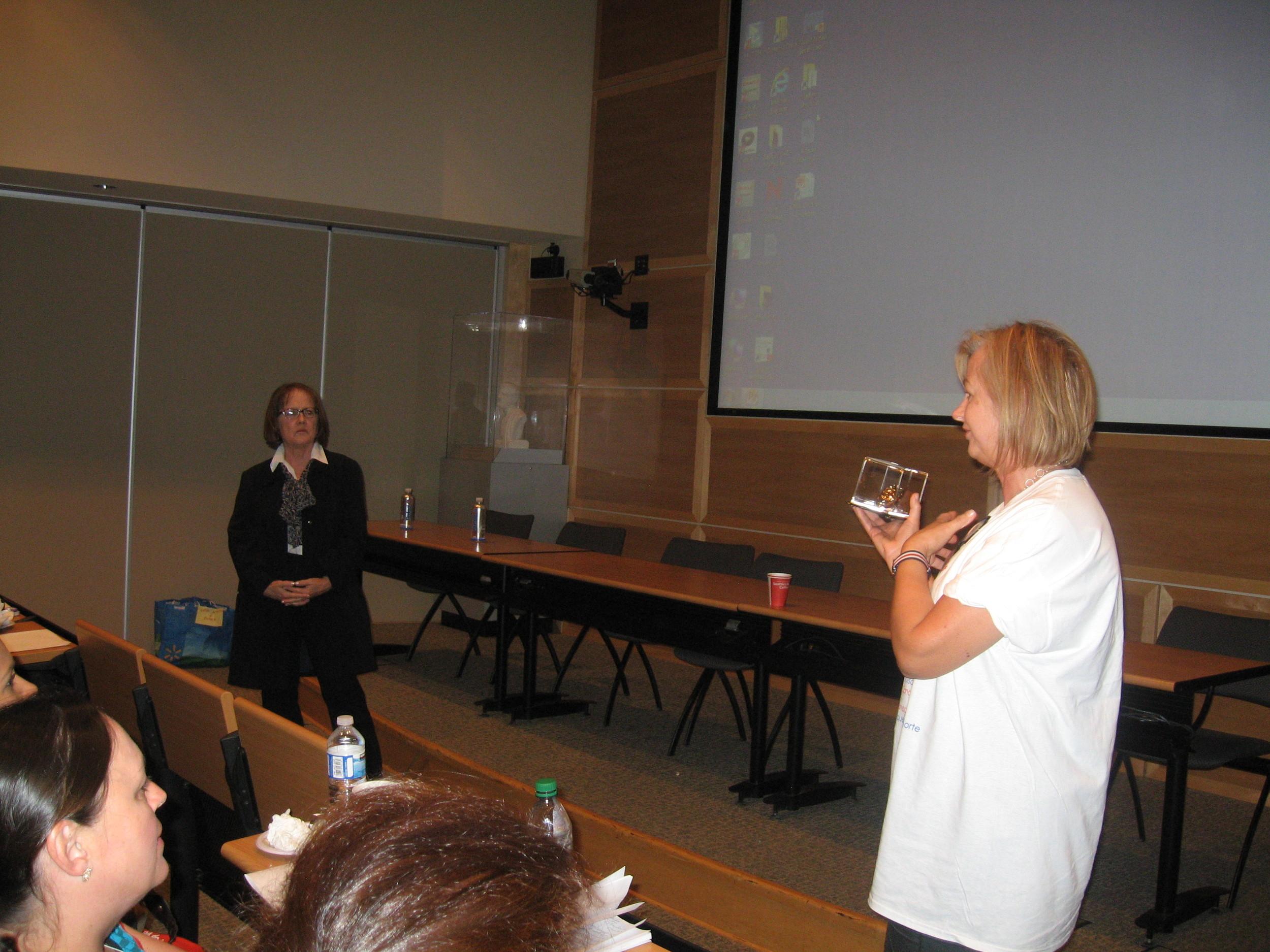 Josipa Paska, President of GADA Canada - Awarding Suzanne Drouin the Elizabeth McHenry Volunteer Award