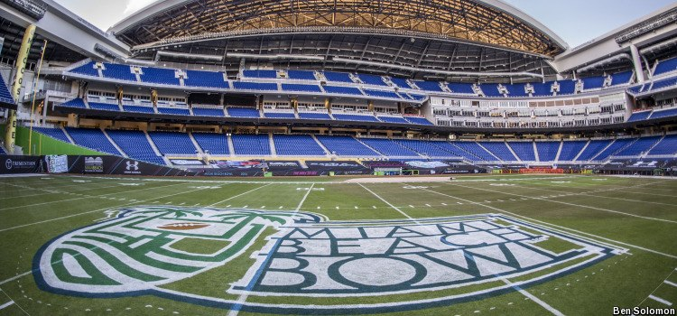 A very meh logo for a bowl game played in a baseball game. Will there be more people there than a Marlins game?