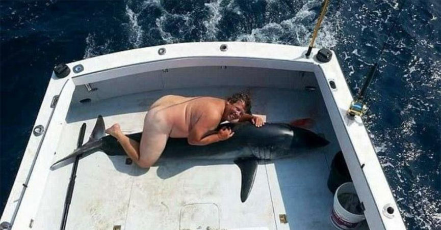 shark_boat_naked_man_feature-865x452.jpg