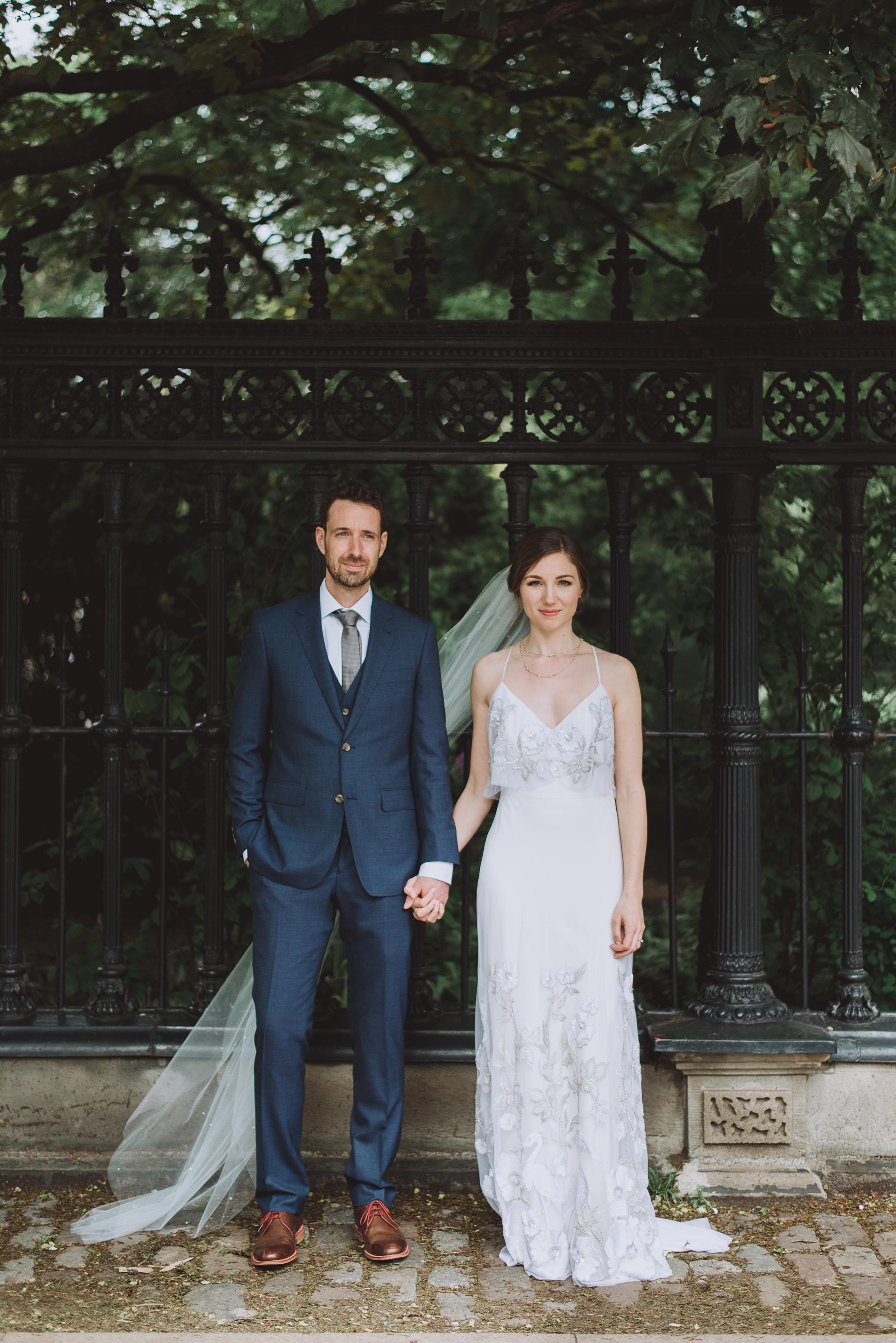 Jessica&Ryan-LVIMAGERY-C-209.JPG