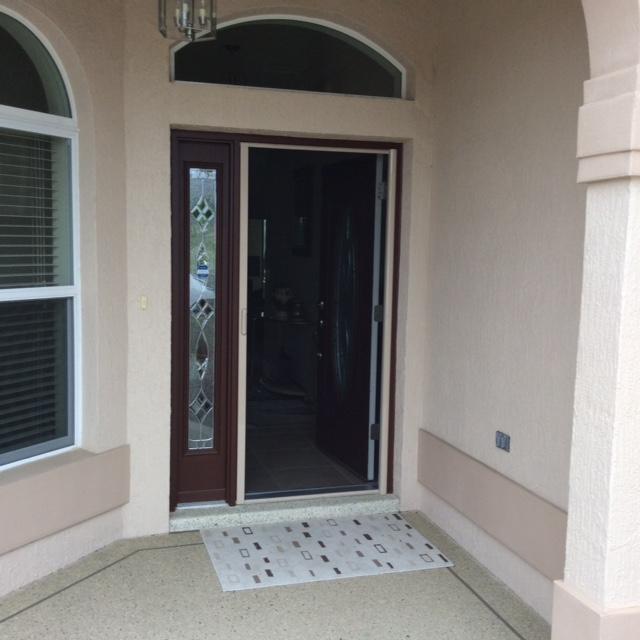 Front door retractables