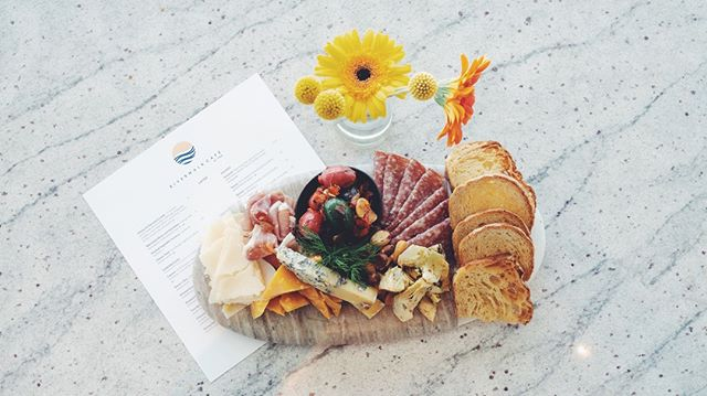 Chef's selection of charcuterie & cheeses, rotating daily @riverwalkcafetpa • #tampamusuemofart #tampariverwalk #tampafoodie #tampaevents #tampabay #saltblock #cheeseboard #getinmybelly #floridafoodie #tbeats #tampaeatsout