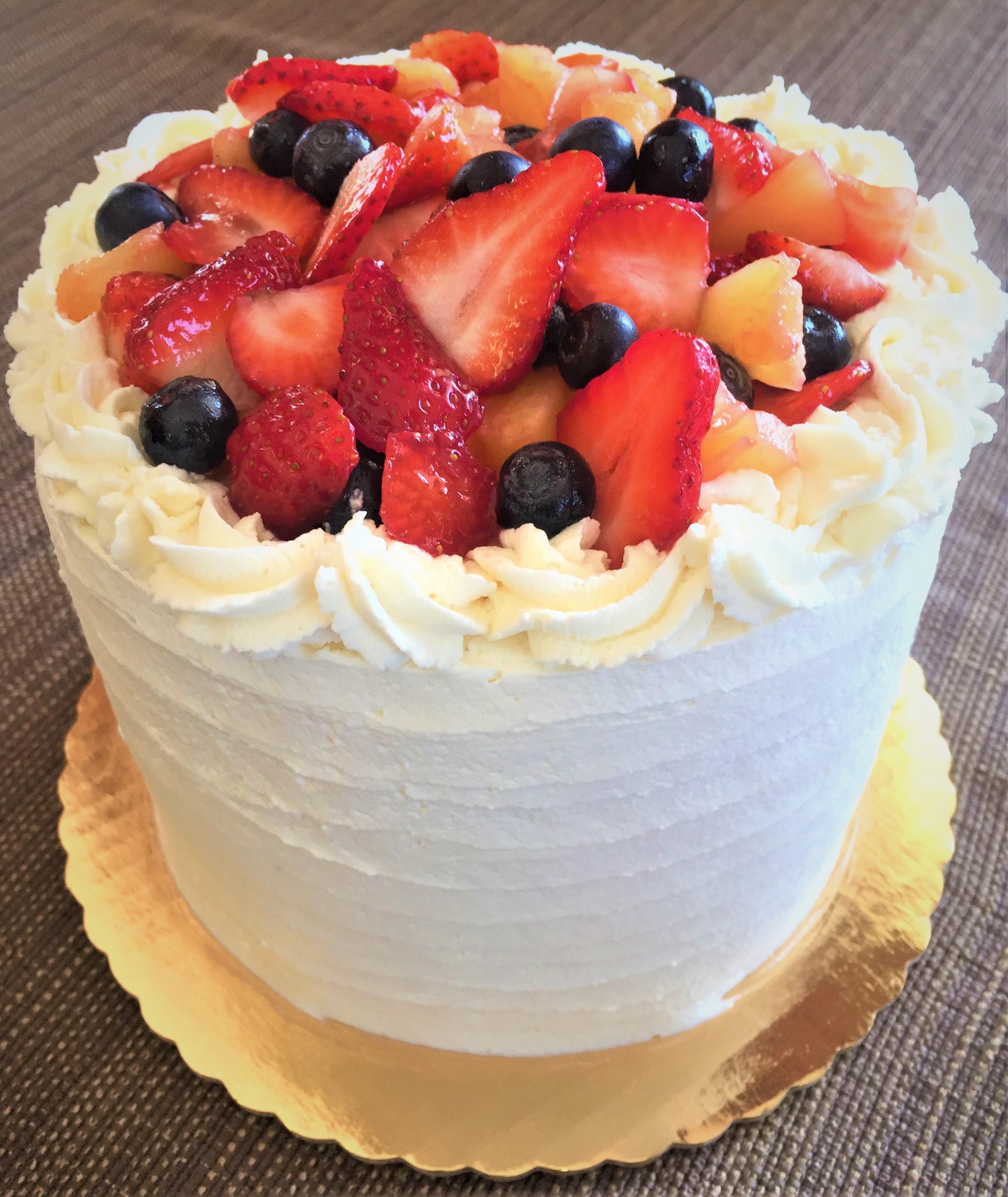 2019 Gateaux Bakery & Cafe Fresh Strawberry & Whipped Cream Vanilla Cake.jpg