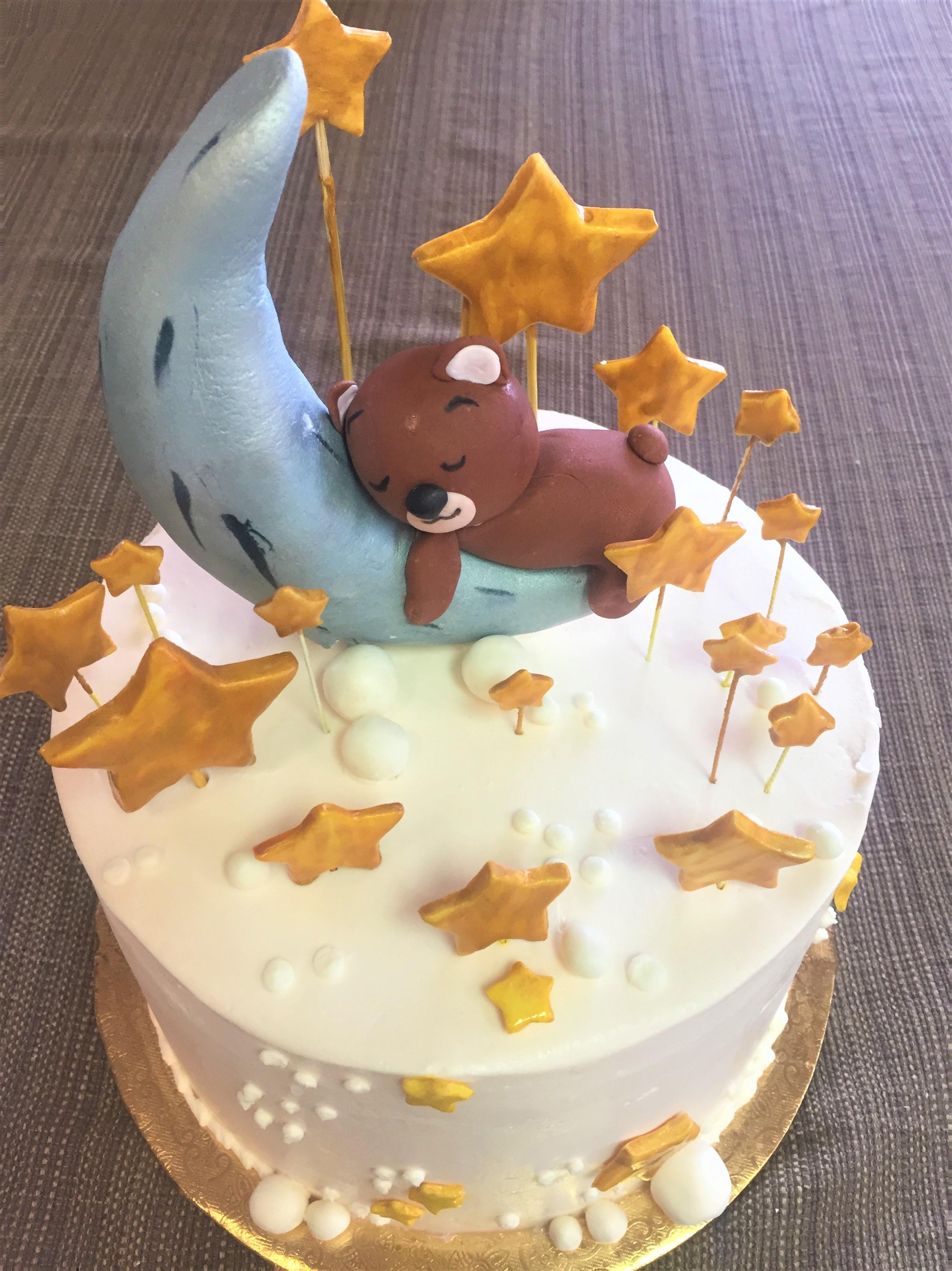 2019 Gateaux Bakery & Cafe Sleeping Bear Fondant Cake.JPG