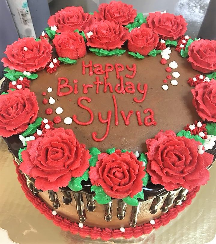 Gateaux Bakery & Cafe Red Rose Birthday Cake.jpg