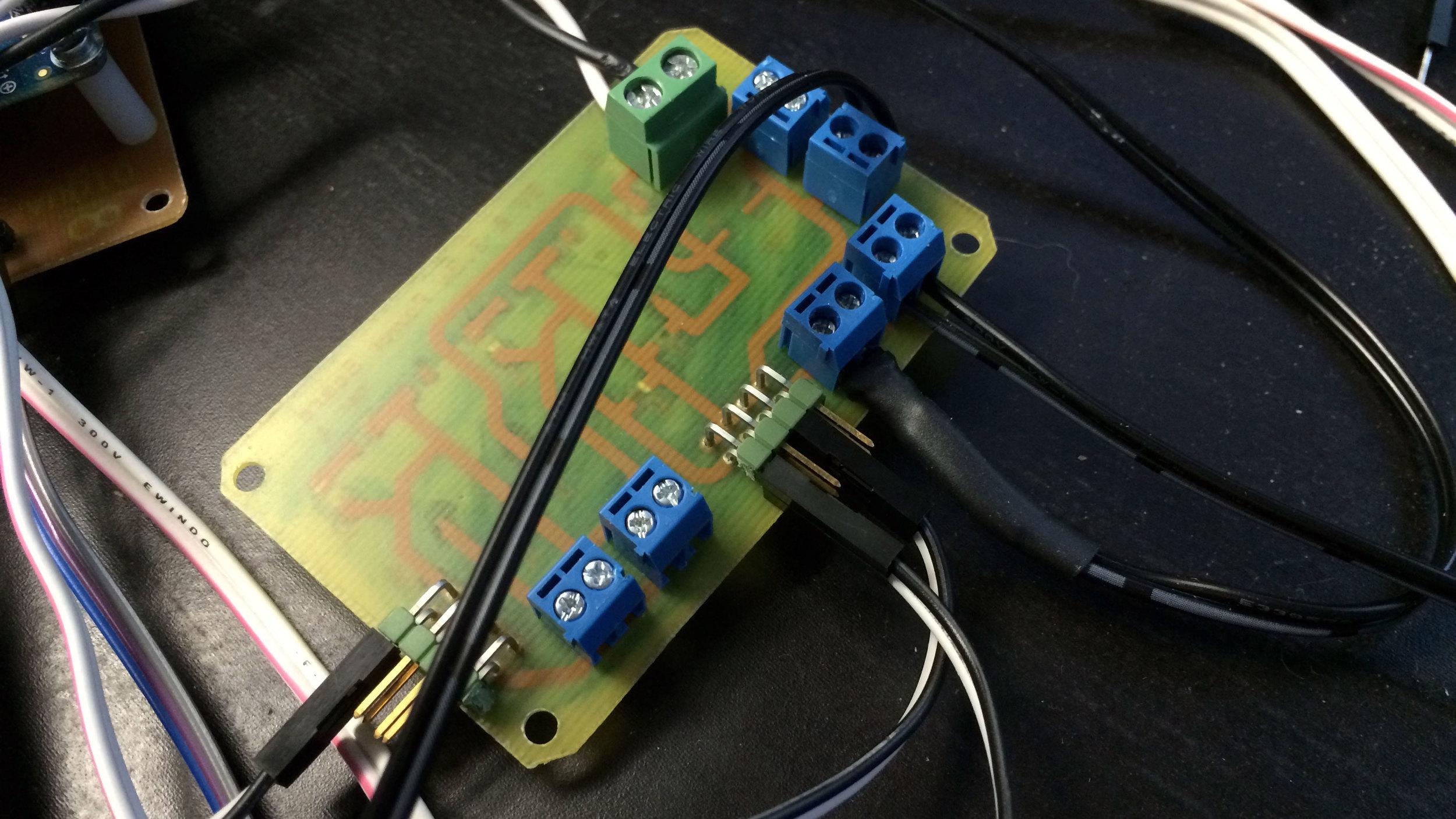 Switching-Regulator-Power-Board-Connectors.jpg
