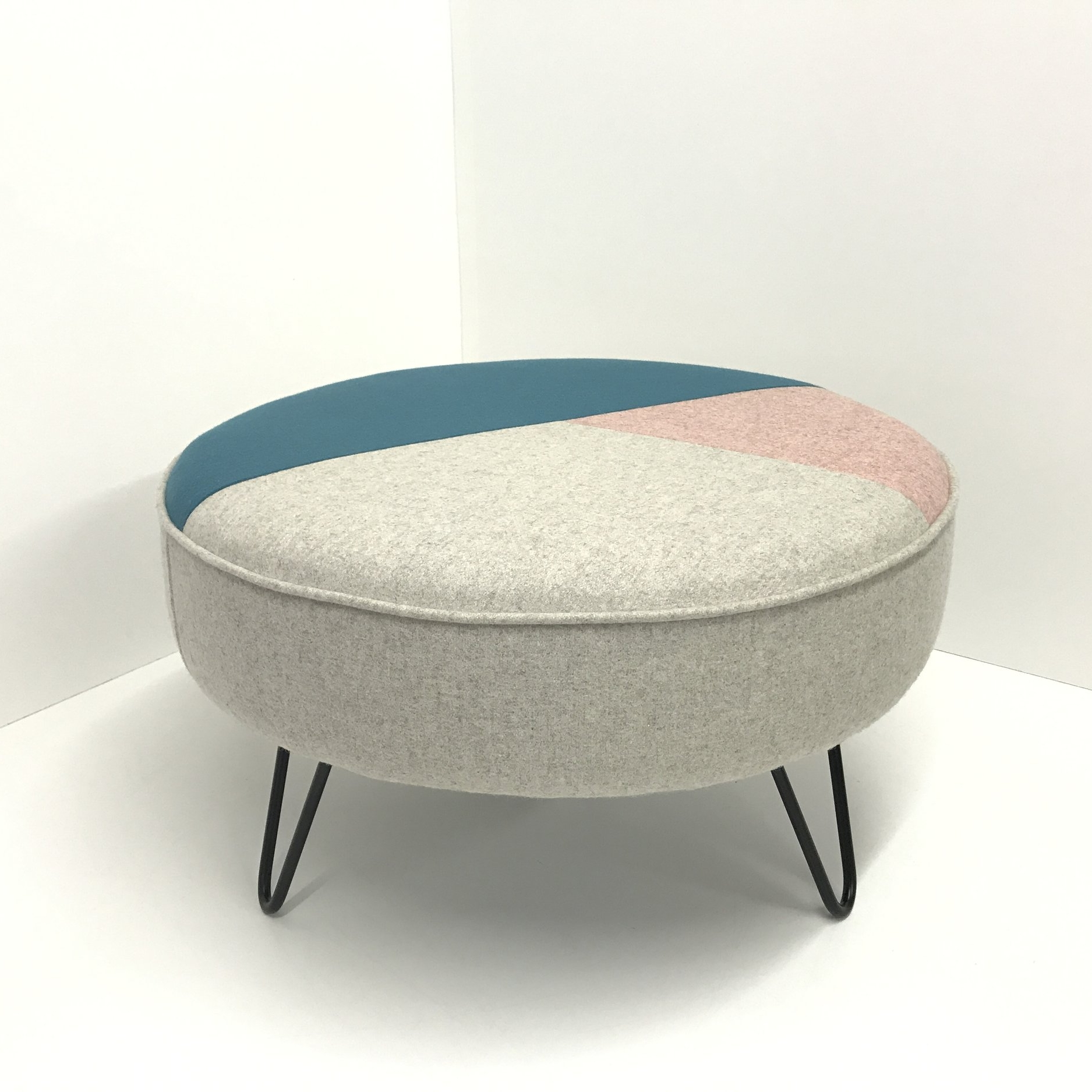 [new] Geometric design footstool  - A new design adding more colour, also with new Black legs