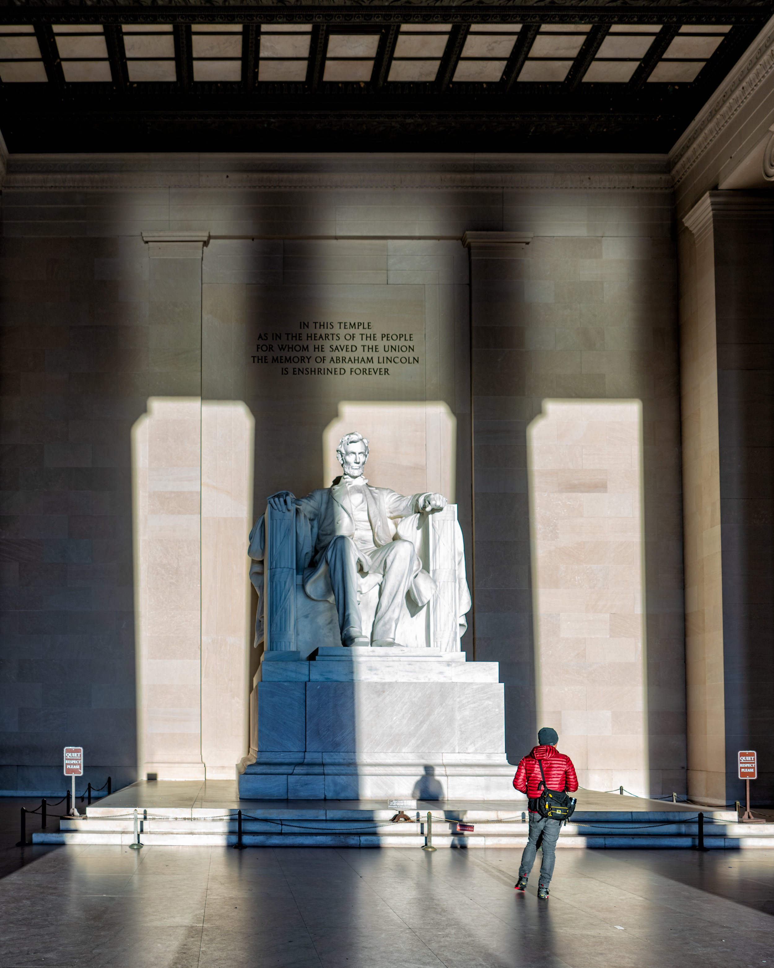 First light falling on the Lincoln Memorial ---- Sony A7R3 --- 7:36am -- 24-240/24mm - 1/80, f/5.6, ISO 80, Handheld
