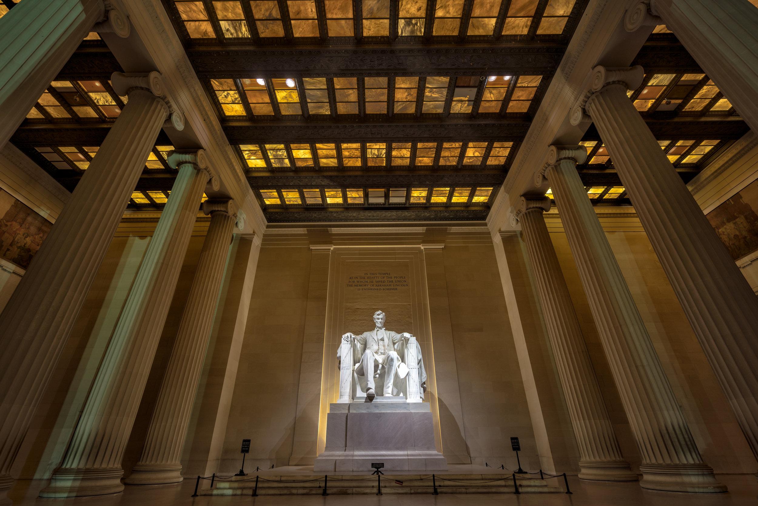 Lincoln Memorial around 4:30am