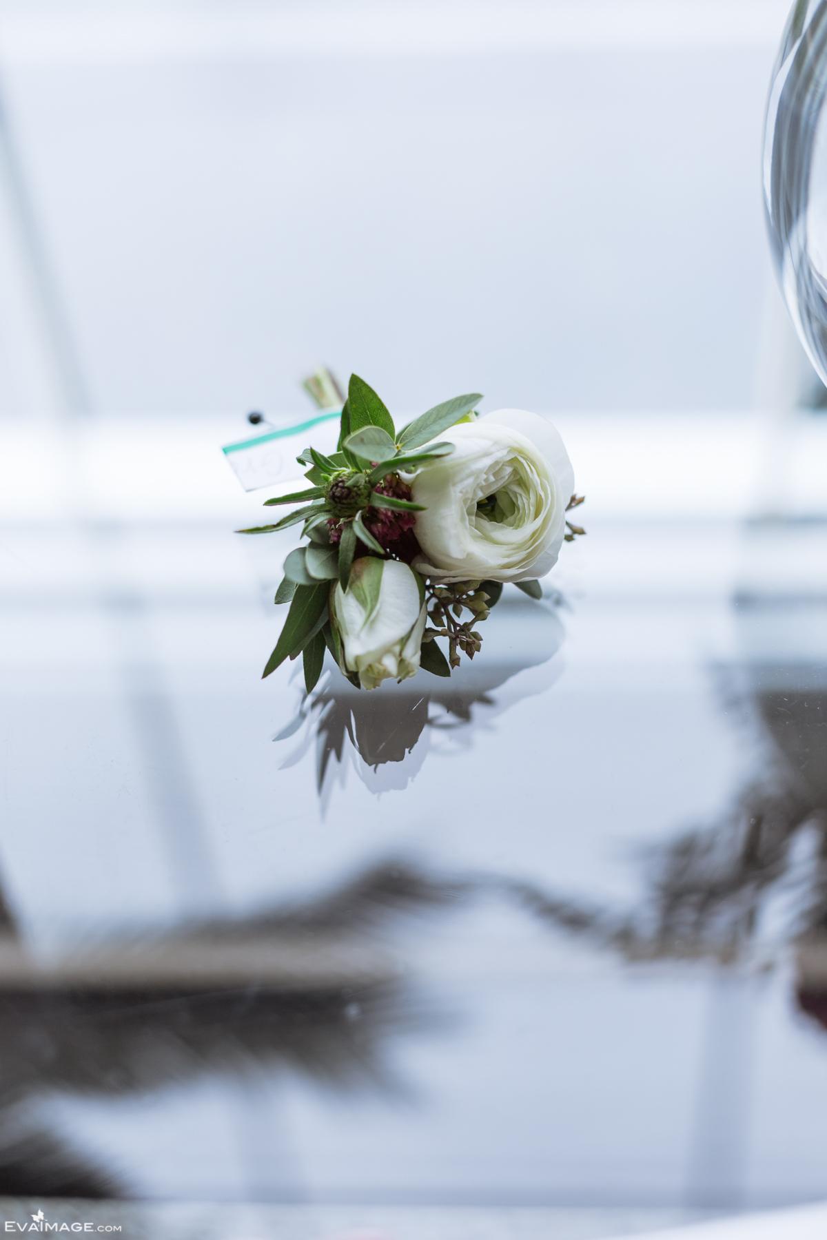 Fall Wedding Groom Preparation Mississauga-4.jpg