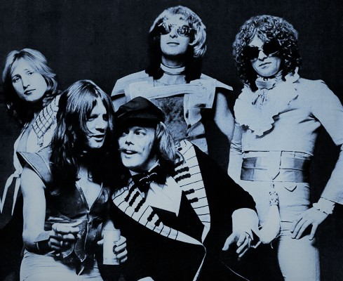 mott 1974.jpg