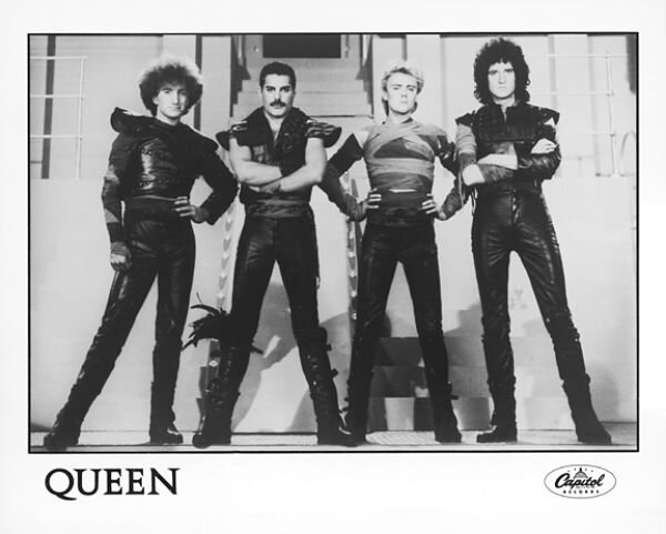 queen 2_opt.jpg
