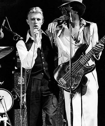 Photo courtesy of David Bowie Com