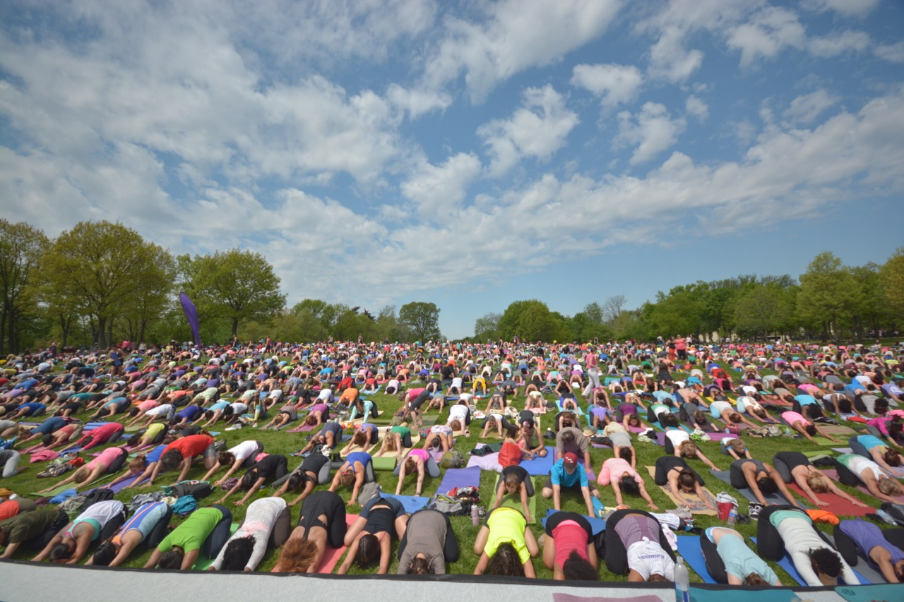 yogaonthemall.jpg