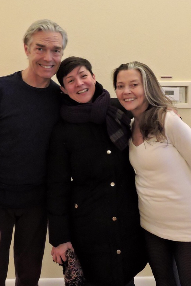 Caroline (in the middle) with Richard Freeman (L) and Mary Taylor (R)!